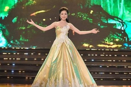 Nguoi dep giong hoa hau Nguyen Thi Huyen nhat o Hoa hau VN 2016 - Anh 19