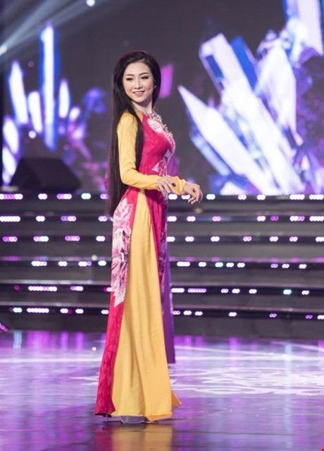 Nguoi dep giong hoa hau Nguyen Thi Huyen nhat o Hoa hau VN 2016 - Anh 20