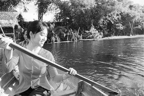 Lang que Viet hoi sinh giua long xu Quang - Anh 2