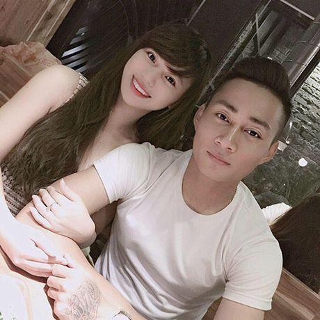 Em ho Van Quyen khoe ban gai xinh nhu hot-girl - Anh 2