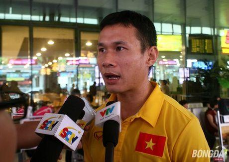 Tuyen thu futsal Viet Nam gia tu su nghiep sau ky World Cup - Anh 3