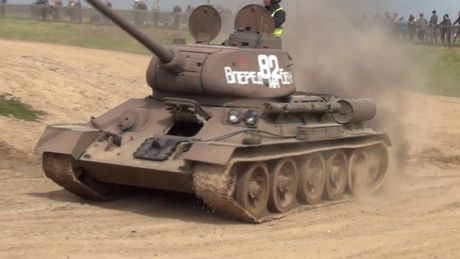 "Kinh ngac: ""Bo lao"" T-34-85 van tham chien o Syria - Anh 12"