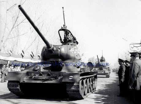 "Kinh ngac: ""Bo lao"" T-34-85 van tham chien o Syria - Anh 2"