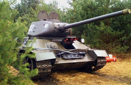 "Kinh ngac: ""Bo lao"" T-34-85 van tham chien o Syria - Anh 9"