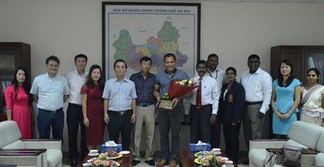 Bo truong The thao Srilanka than phuc truoc co ngoi cua the thao Ha Noi - Anh 1