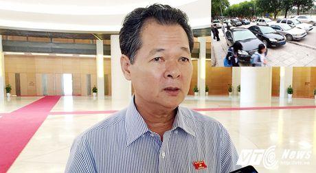 Bo Tai chinh khoan xe cong: Quan chuc Quoc hoi de nghi bat buoc tren toan quoc - Anh 1