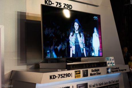 Tren tay TV Sony Bravia Z9D: Thiet ke ngau, dung den LED nen full-array, gia du kien duoi 200 trieu - Anh 2