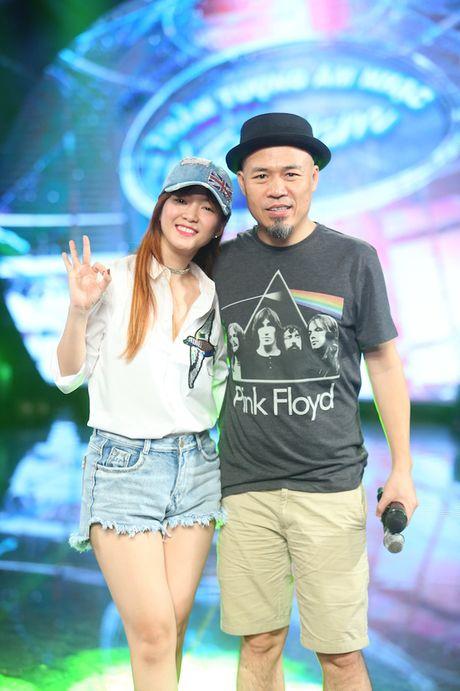 "Dinh Huong va Hoang Quyen ""ru nhau"" khuay dong CK Vietnam Idol - Anh 5"