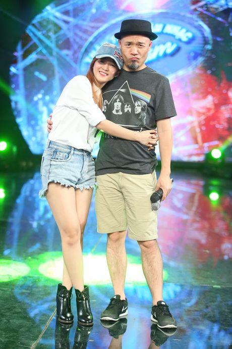 "Dinh Huong va Hoang Quyen ""ru nhau"" khuay dong CK Vietnam Idol - Anh 6"