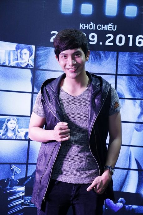 Dan sao Viet hao hung tham du buoi ra mat phim I.T - Anh 2