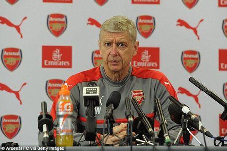 """Wenger: Cau thu Arsenal phai """"mau lanh"""" voi Costa - Anh 3"""