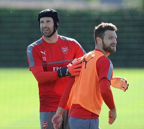 """Wenger: Cau thu Arsenal phai """"mau lanh"""" voi Costa - Anh 4"""