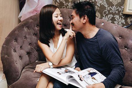 Khanh Hien va ban trai Viet kieu rang ro di thu trang phuc cuoi - Anh 10