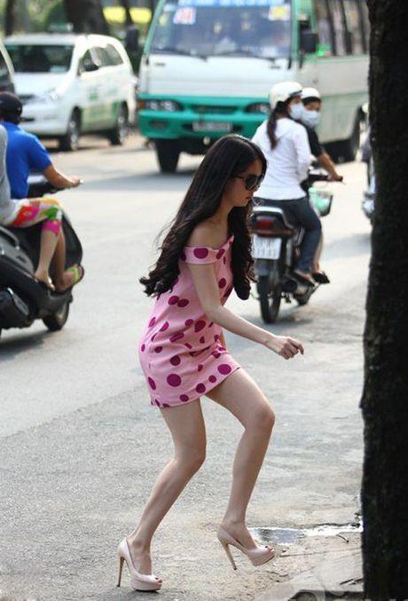 "Sao Viet nhieu lan ""muoi mat"" vi vo ech do giay cao got - Anh 14"