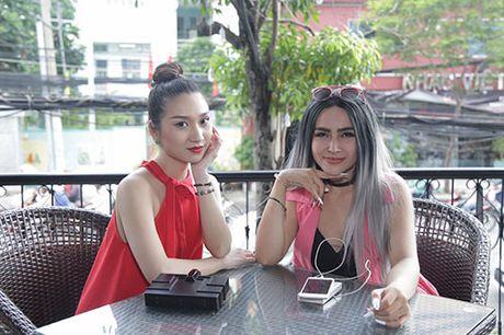 "Thanh Ha va ban trai kem 12 tuoi bat ngo bi ""tach doi"" - Anh 11"