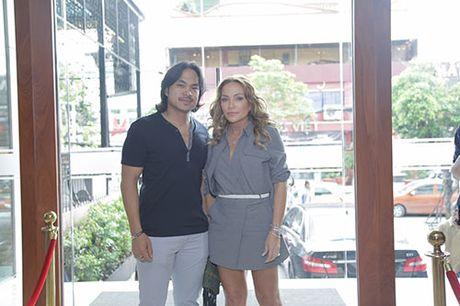 "Thanh Ha va ban trai kem 12 tuoi bat ngo bi ""tach doi"" - Anh 2"
