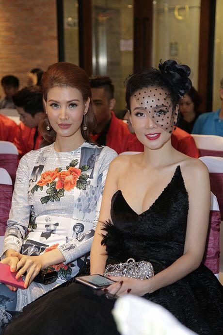 "Thanh Ha va ban trai kem 12 tuoi bat ngo bi ""tach doi"" - Anh 8"