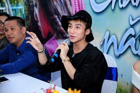 Son Tung M-TP chua bao gio ngai an mac gay soc - Anh 8