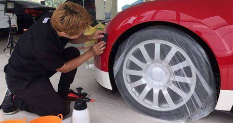 """Bugatti Veyron doc nhat Viet Nam duoc """"tut tat"""" lai truoc khi len ke - Anh 2"""