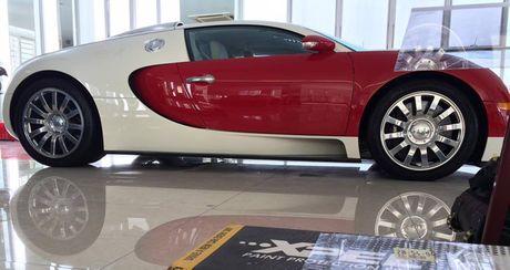 """Bugatti Veyron doc nhat Viet Nam duoc """"tut tat"""" lai truoc khi len ke - Anh 7"""