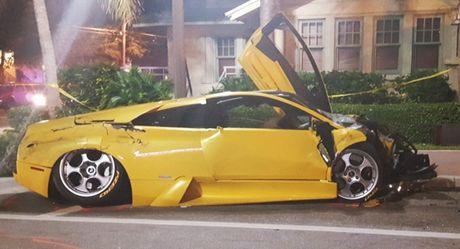 Dua toc do, sieu xe Lamborghini Murcielago gay tai nan chet nguoi - Anh 1