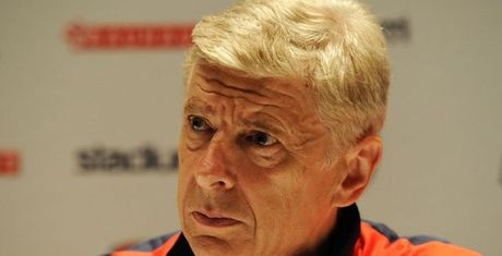 Mourinho muon dam vo mat, Wenger noi gi? - Anh 1