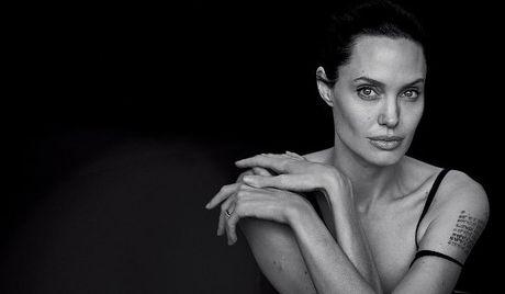 Angelina Jolie nguoi phu nu dung cam va lam chu cuoc song - Anh 1