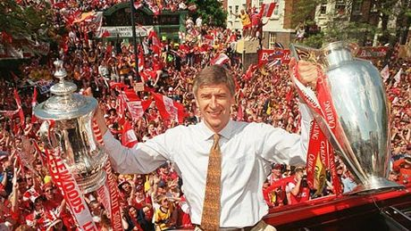 Tron 20 nam HLV Wenger dan dat Arsenal: Cuoc cach mang hay con dang do - Anh 1