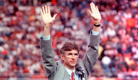 Tron 20 nam HLV Wenger dan dat Arsenal: Cuoc cach mang hay con dang do - Anh 2