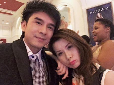 Fan vo oa sung suong khi ba xa Dan Truong thong bao da mang thai - Anh 3
