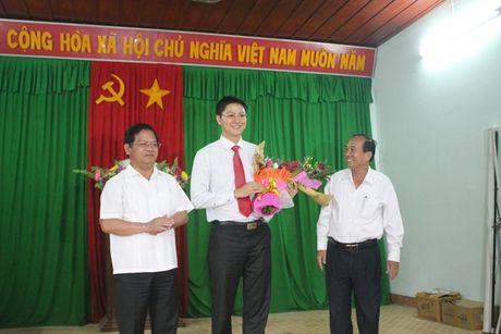 Quang Ngai: Huyen dao Ly Son co Bi thu moi - Anh 1