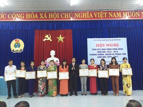 CD giao duc thi xa Dien Ban (Quang Nam): Tong ket hoat dong cong doan nam hoc 2015-2016 - Anh 3