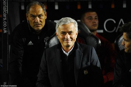 "Diem tin bong da toi 23/9: Mourinho ""lay long"" CDV M.U truoc tran Leicester - Anh 1"
