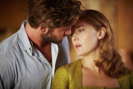 Con gai Kate Winslet ghen ty vi me 'yeu' Hemsworth, Timberlake tren phim - Anh 1