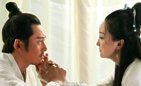 'Bao Thanh Thien' gay tranh cai vi de cong chua mac ho hang - Anh 5