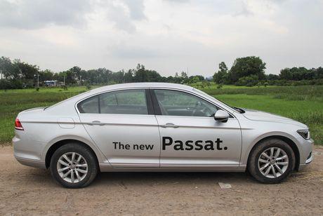 Volkswagen Passat: Sedan the thao danh cho nguoi tre - Anh 4