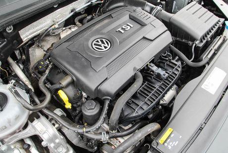 Volkswagen Passat: Sedan the thao danh cho nguoi tre - Anh 9