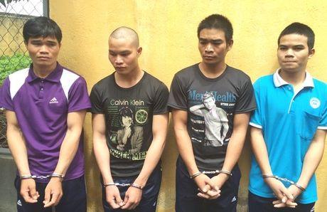 4 anh em ruot lap bang cuop, gay an khap Tay Nguyen - Anh 1