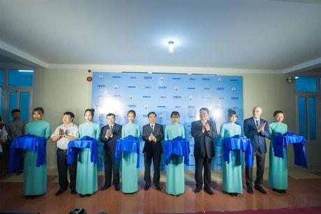 Samsung trao tang Giang duong thong minh cho Dai hoc Y Duoc Thai Nguyen - Anh 1