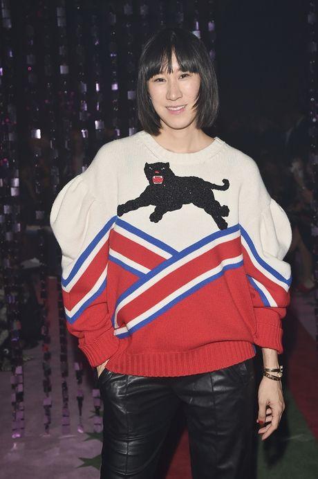 'Nhung nang tho' tren hang ghe dau show dien Gucci Xuan He 2017 - Anh 18