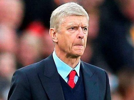 20 nam truoc, Arsene Wenger den Arsenal: Khong the dung danh hieu de danh gia Wenger - Anh 2
