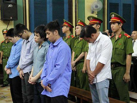 Nguyen CSGT goi con do danh chet nguoi lanh 12 nam tu - Anh 1