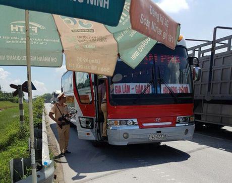 Chặn mọi ngả đường truy bắt nghi can giết 4 bà cháu ở Quảng Ninh