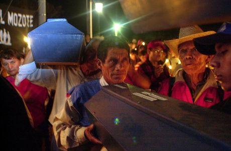El Salvador xet xu lai vu tham sat 1.200 dan thuong tai El Mozote - Anh 1