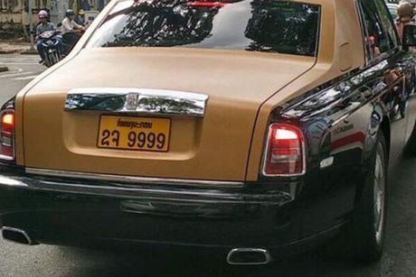 Rolls-Royce 60 ty cua dai gia Lao 'lan banh' tren pho Viet - Anh 7