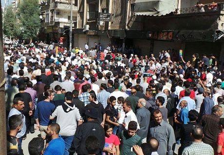 Quan doi Syria giai phong them loat khu vuc o Damascus - Anh 11