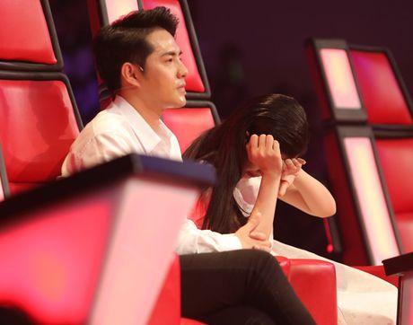 Liveshow 3 The Voice Kids: Dong Nhi lai khoc nhu mua - Anh 1