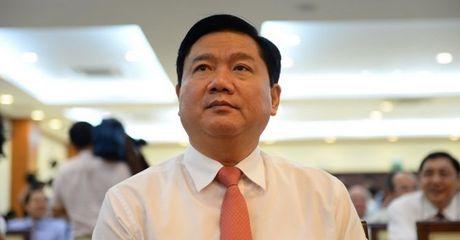Bi thu Thang: Cong vien chuc TP.HCM lam viec gap vai chuc lan, luong van the! - Anh 1