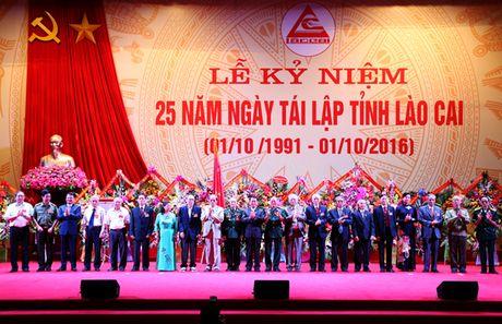 Lao Cai: Ky niem 25 nam Ngay tai lap tinh - Anh 3