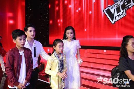 Ngoc Quang: 'Thay co Nhi khoc, em dau long lam… Khi nao du chin muoi va ban linh, em se quay lai' - Anh 9